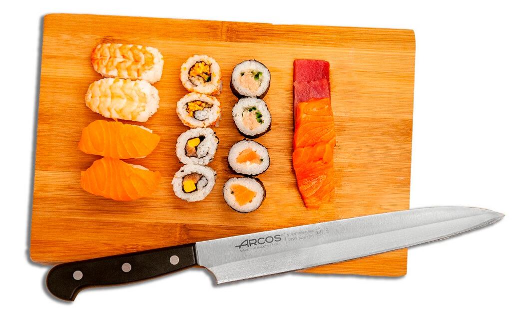 Кухонный нож янагиба